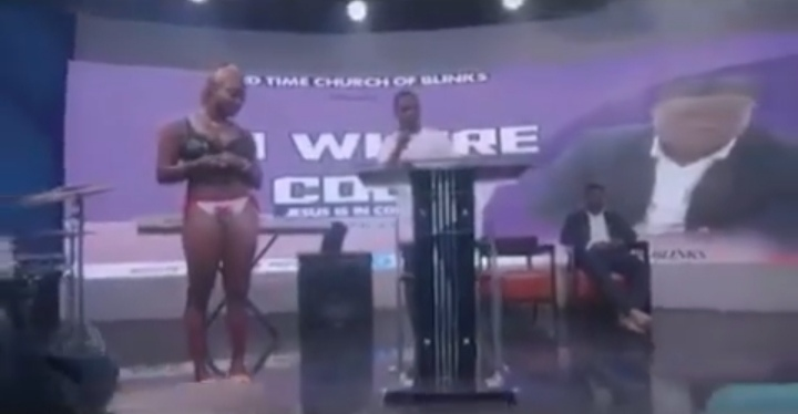 Screenshot 20210916 155949 - Two slay queens dressed half n@ked and giving testimony in church goes viral
