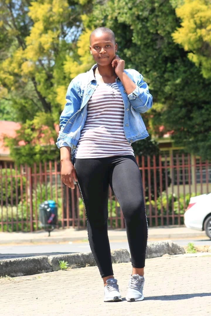 """operanews1633993891298 - Am 25 Years old, HIV positive And I am Looking For a Boyfriend"""" A Beautiful Lady Tweeted"""